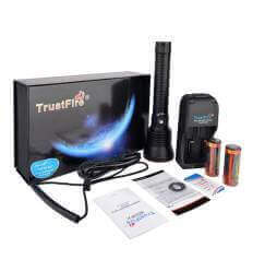 TrustFire DF70 3200lumen, 375m Throw  Diving Flashlight SET Rechargeable